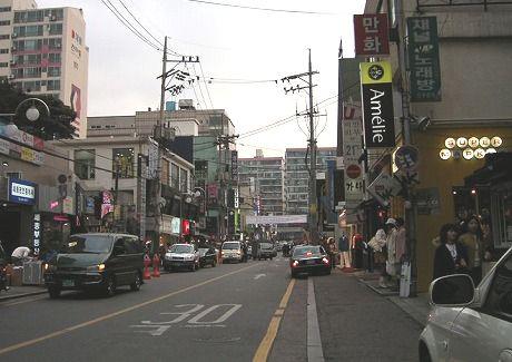 アックジョンの街並み。