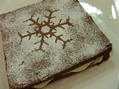 029-cake.jpg