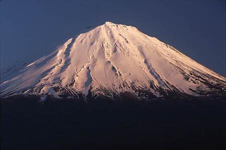 071218ヤマケイ用足和田山富士山