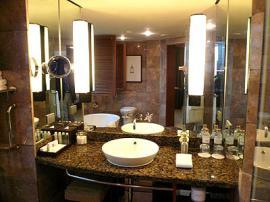 コンラッド バンコク ホテル バスルーム1