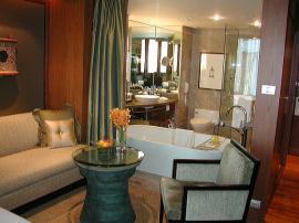 ホテル コンラッド ヒルトン バンコク リビング4