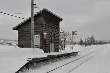 真布駅(4)
