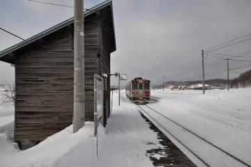 真布駅(8)
