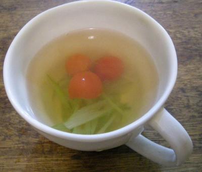 中華のお家ごはんです!体も温まる辛いスープ!2007.10.2