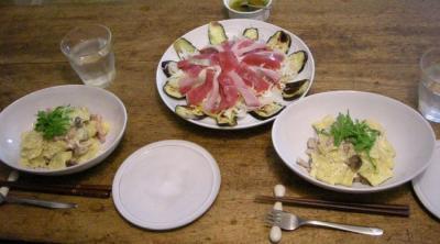 ベーコンときのこのラビオリ、チーズのソース!とまぐろとかんぱちのサラダ!2007.10.14