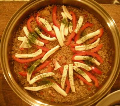 今夜はスペイン料理!イカ墨のパエリャ2007.10.27