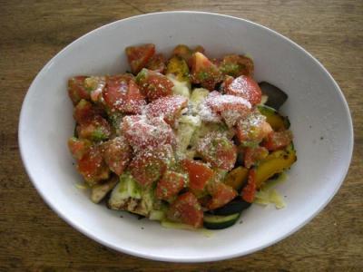 野菜をたくさん採りましょ!サラダ。2007.11.21
