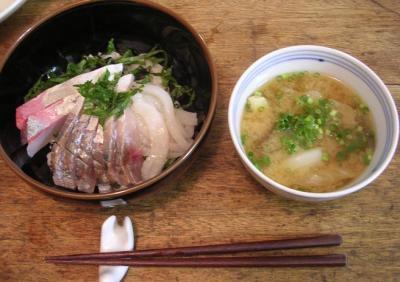 海鮮丼 & キャベツと茄子のお味噌汁。UP! 2007.7.22