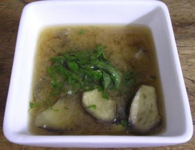 茄子とタマネギのお味噌汁 大葉の香り!2007.7.26