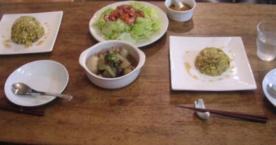 栗チャーハン!ウィンナーとトマトのドレッシングのサラダ!角煮!2007.9.14