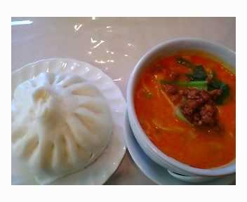 肉まん&ハーフ坦々麺