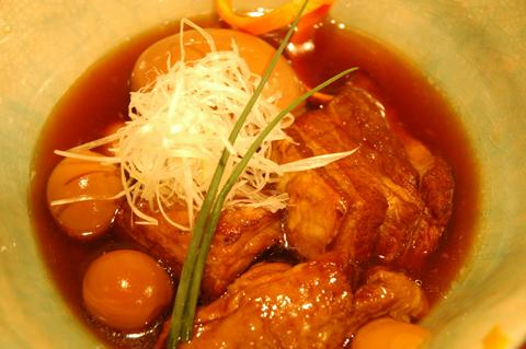 豚角と玉子の煮物