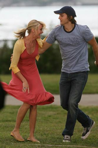 0918_cameron_diaz_on_set_07.jpg