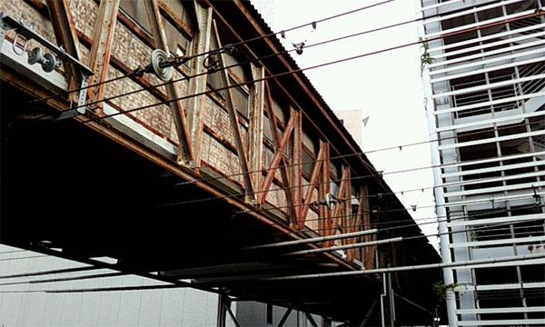 川崎駅跨線橋