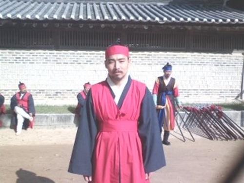 洪吉童(ホン・ギルドン)