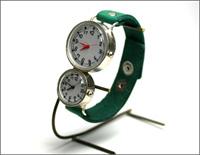 映画「タイヨウのうた」で主演のYUIさんがしていた腕時計
