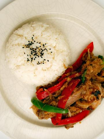 生姜焼き定食(洋食風)