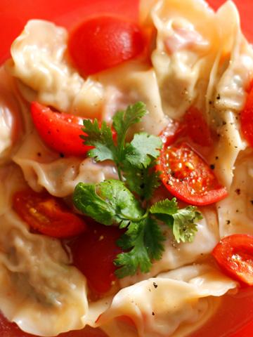 蕃茄水餃子