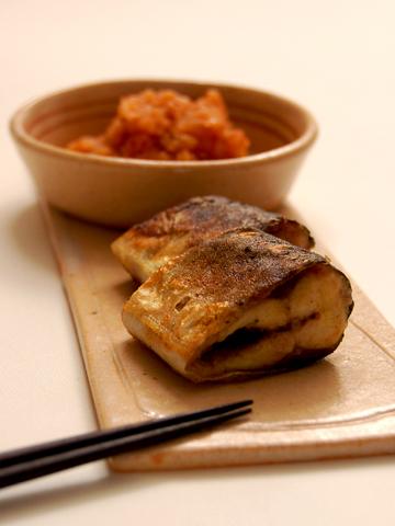 秋刀魚のソテー・カレー風味