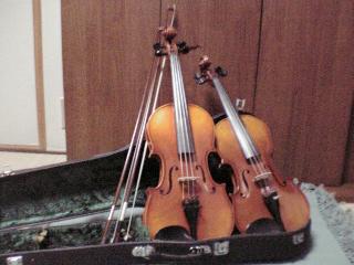 子供達のバイオリン