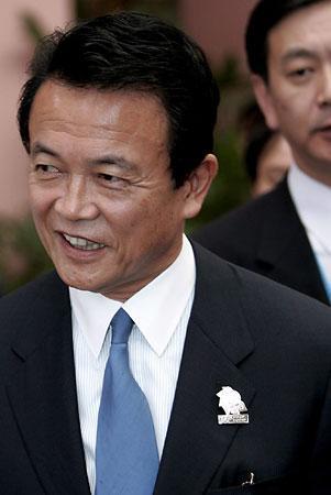 外交タロー:20061209日中外相会談終了後
