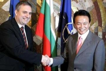 外交タロー:20070111ブルガリア・カルフィン外相と