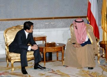外交タロー:20060125日クウェート外相会談