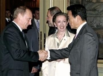 外交タロー:20060629G8外相会合にて