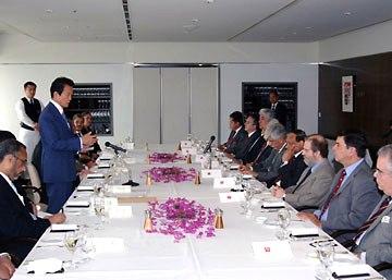 外交タロー:20060712中南米・カリブ諸国大使グループとの昼食会