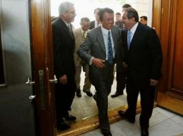 外交タロー:20060803イラク訪問