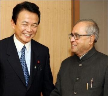 外交タロー:20060526インドのムカジー国防大臣(当時)との会談