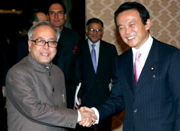 外交タロー:20070322インドのムカジー外相と会談2