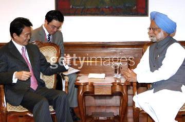 外交タロー:20070403インドのシン首相を表敬