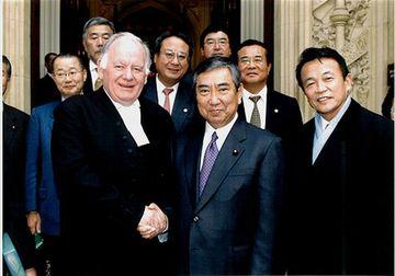 200501訪英「マイケル・マーティン下院議長と」