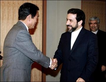 外交タロー:20070302イランのアラグチ外務次官の表敬