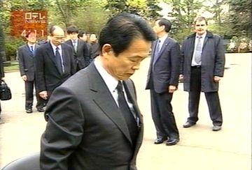 外交タロー:20070503モスクワのノボデビチ墓地にて3