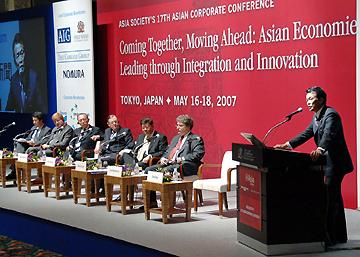 演説タロー:20070518「グローバル経営と日本外交の使命」