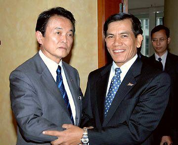 外交タロー:20070528日ミャンマー外相会談