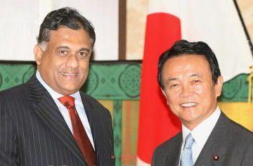 外交タロー:20070627スリランカのボーゴラガマ外相と会談2