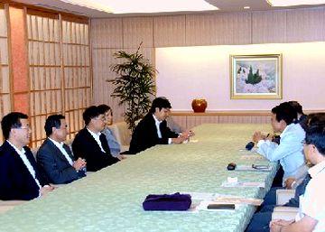 外交タロー:20070704陳昊蘇中国人民対外友好協会会長との会談
