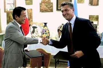 外交タロー:20070813グランディUNRWA事務次長と書簡の交換