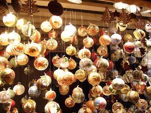 P1020611 ウィーンクリスマス市 ガラス球