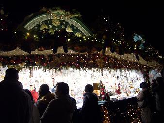 P1020234  ドレスデンクリスマス市 ショップ2