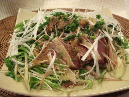 かつおのたたきと香味野菜サラダ