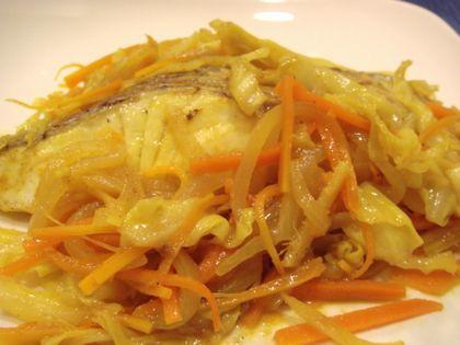 白身魚のカレー蒸し