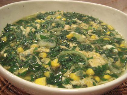 モロヘイヤととうもろこしの中華スープ