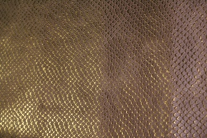 ブロンズ金色ヘビ柄の革