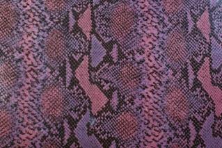 No87ピンク紫パイソン柄型押し革