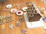 2006_1205_gingerbread_house_costco2.jpg