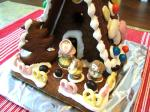 2006_1205_gingerbread_house_traderjoes2.jpg